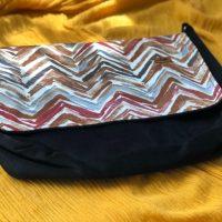 خرید کیف دوشی مدل پونه پاپوک کد ۱۱۱۳۱ در فروشگاه اینترنتی پوشاکچی-مشاهده قیمت و مشخصات