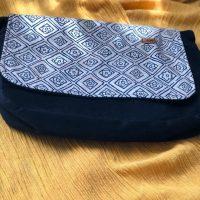 خرید کیف دوشی مدل پونه پاپوک کد ۱۱۲۴ در فروشگاه اینترنتی پوشاکچی-مشاهده قیمت و مشخصات