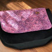 خرید کیف دوشی مدل پونه پاپوک کد ۱۱۱۲۳ در فروشگاه اینترنتی پوشاکچی-مشاهده قیمت و مشخصات