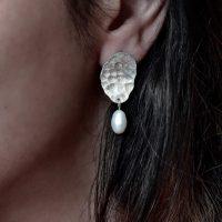 خرید گوشواره زنانه نقره مدل بافتدار در فروشگاه اینترنتی پوشاکچی-مشاهده قیمت و مشخصات