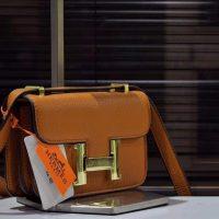 خرید کیف دوشی زنانه هرمز در فروشگاه اینترنتی پوشاکچی-مشاهده قیمت و مشخصات