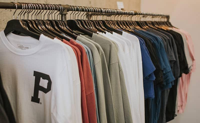 راهنمای خرید تیشرت مردانه و پسرانه در فروشگاه اینترنتی پوشاکچی