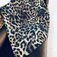 خريد روسری نخی زنانه طرح پلنگی کد 18627 در فروشگاه اينترنتي پوشاکچي - مشاهده قيمت و مشخصات