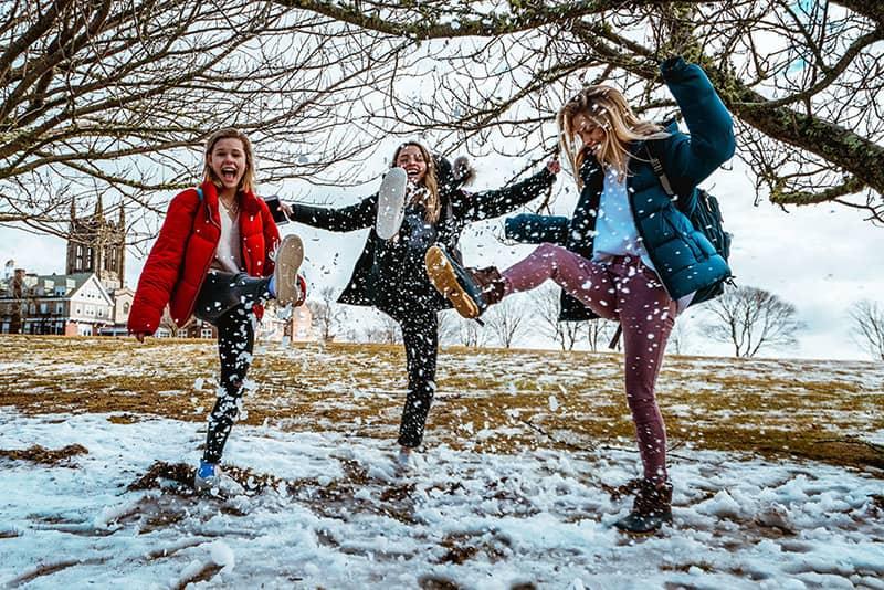 خرید لباس زمستانی زنانه شیک و جدید 2020 در فروشگاه اینترنتی پوشاکچی