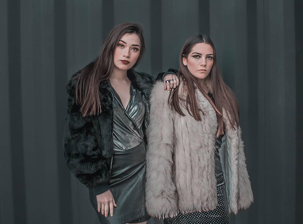 مدل کاپشن زنانه جدید در فروشگاه اینترنتی پوشاکچی